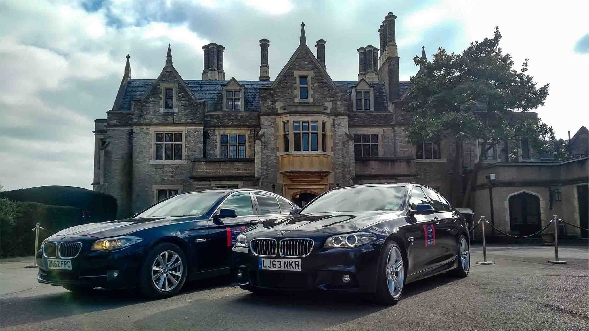 Pro Cars Woking - Taxi Service & Airport Transfers