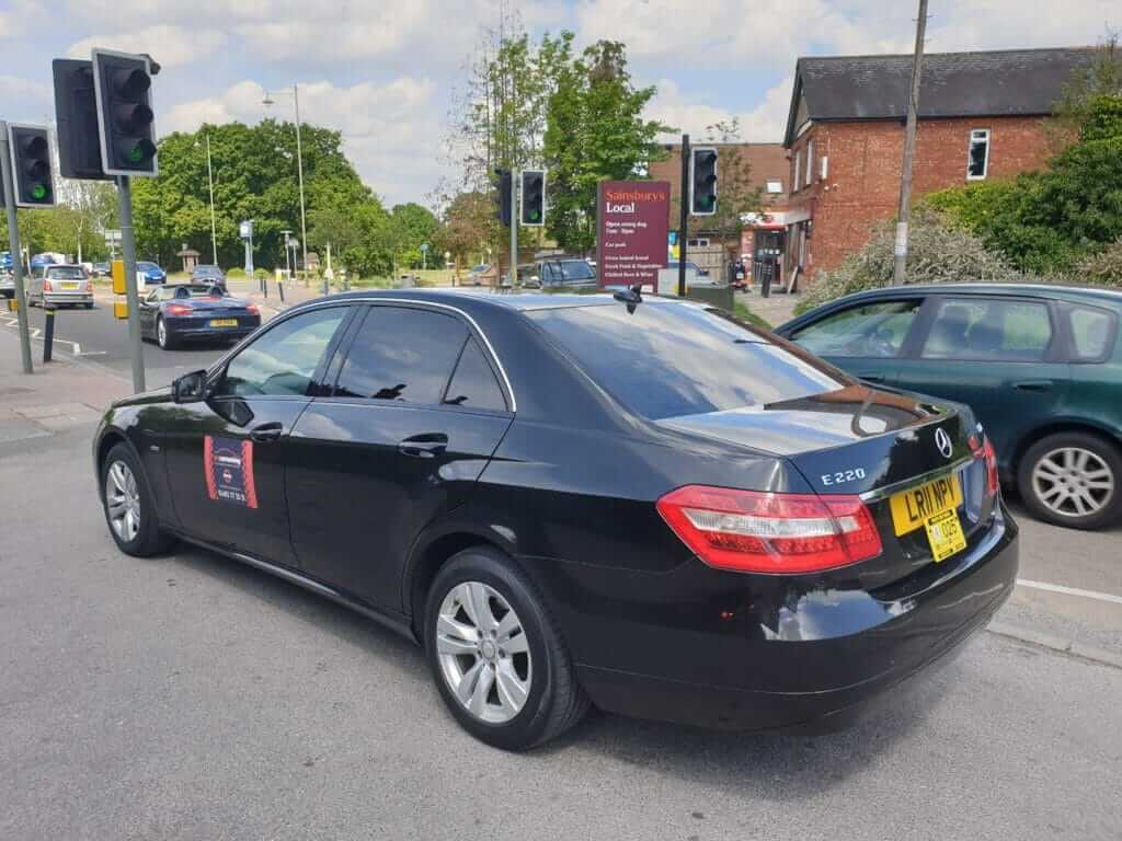 Local cabs Woking